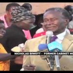VIDEO: Former Powerful Minister Nicholas Biwott 'ATTACKED' by COCKEREL in his HOME for Supporting Uhuru Jubilee