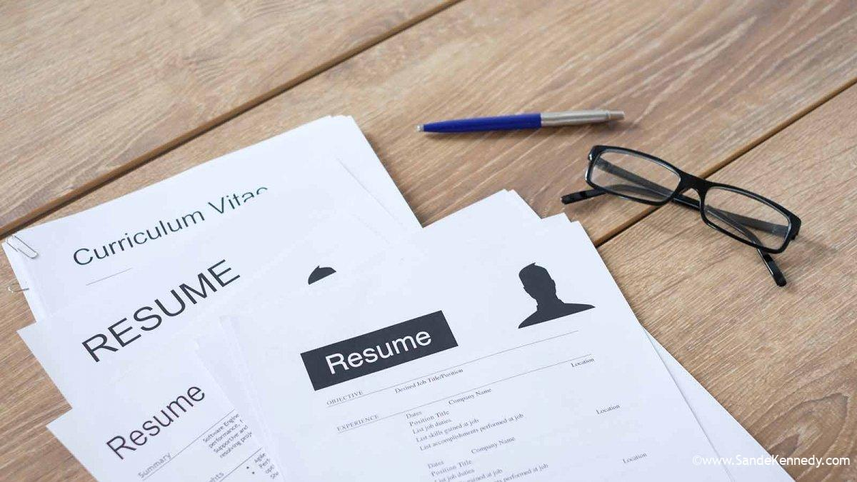 What's the Difference Between a Resume and a CV?